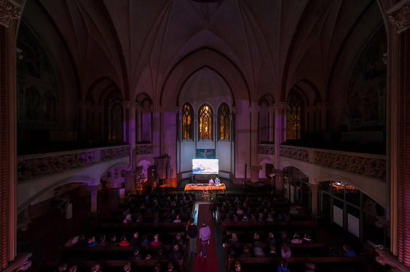 Glitterbug Dust live concert ronni shendar visuals berlin